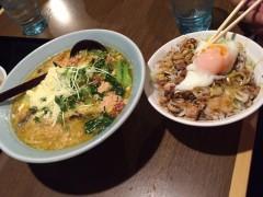 イタリアントマト麺&チャーシュー煮卵丼