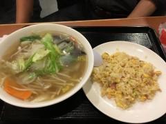 野菜たっぷりタンメン&半チャーハン